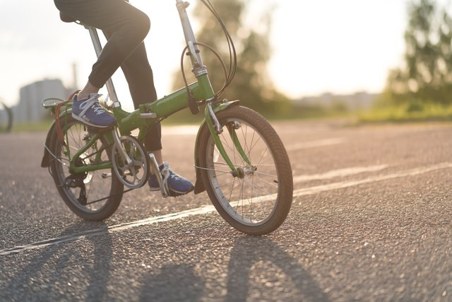 <p>Best folding bikes 2021: brilliant bikes for commuting, road use, and easy storage, from Brompton, Bickterton and Tern</p>
