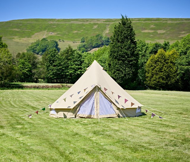 Bell tent at Newfold Farm, Edale. Photo by Sam Devito