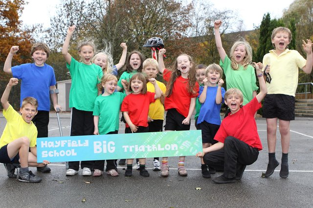 Pupils are appealing for the public to back their fund raising triathlon for a new minibus.