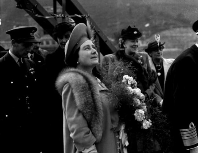 Her Majesty looking around Ladybower Reservoir on the official opening in 1947.