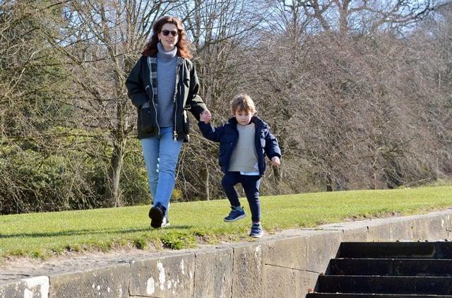 Becky and Monty Glassberg enjoying the gardens at Chatsworth.