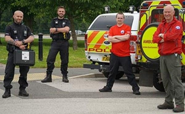 Derbyshire Constabulary's Drone Unit has donated a DJI Mavic 2 Dual Drone to Buxton Mountain Rescue Team.