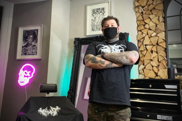 Buxton barber Ben Gillooly is taking part in a new professional initiative to support customers' mental health.