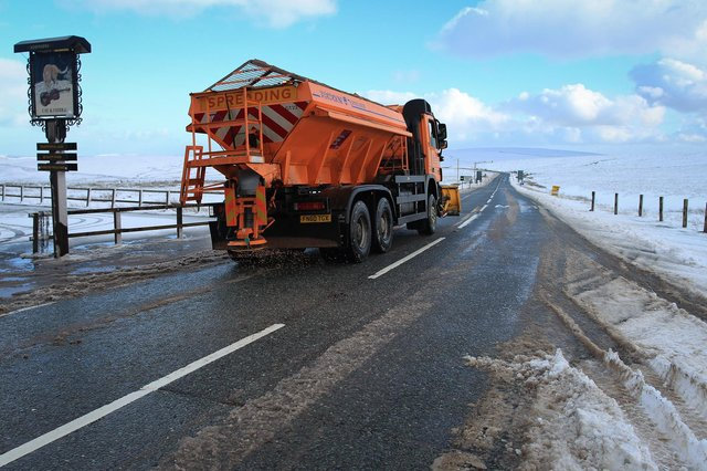 Snow fell on the A537 Cat and Fiddle, Derbyshire. Image: Ross Parry.