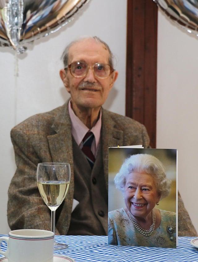 Oliver Gomersal celebrates his 100th birthday