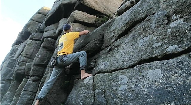 Richard Taylor embarks on a 24 hour solo ascent on Stanage Edge.  He set up his camera and took the photos himself using the timer function.