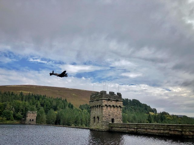 The Lancaster bomber flew over Derwent Reservoir in Derbyshire four times this afternoon (Monday, September 28).